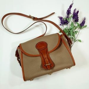 "Vtg Dooney & Bourke Med. ""Essex"" Leather Crossbody"